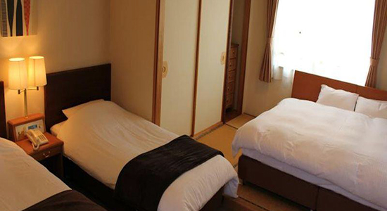 Hakuba Panorama Hotel Family Room 01