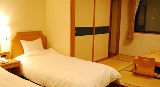 Hakuba Panorama Hotel Japanese Western Room 01